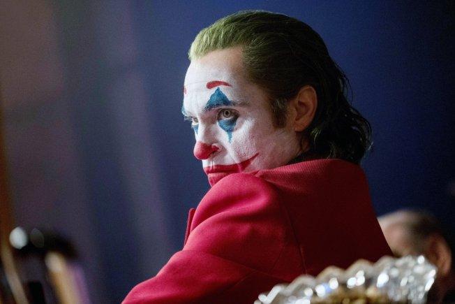 「小丑」(Joker)入圍11項大獎領跑。(華納公司圖片)