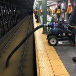 紐約曼哈頓上西區水管崩裂 百老匯附近淹水 地鐵服務中斷
