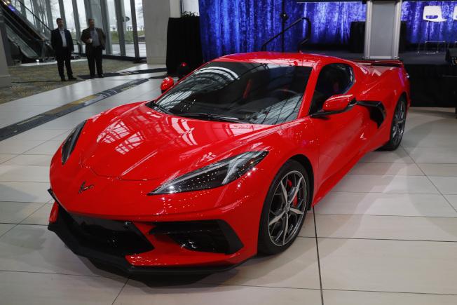 通用汽車公司重新設計的Corvette,13日榮膺北美2020年度最佳車輛。(美聯社)