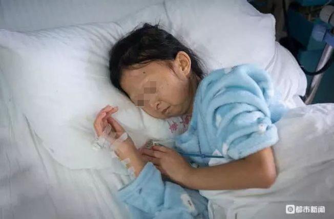吳花燕為救弟弟,節約到了極點,長期的營養不良,招來了病魔,去年9月入院治療,因病情加重,13日離世。(取材自都市新聞)