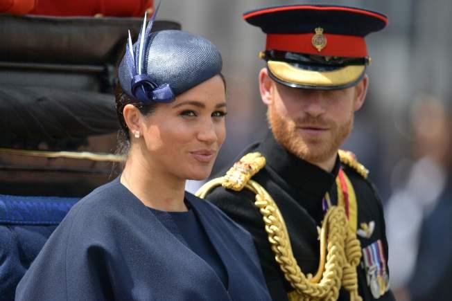 梅根和哈利近日宣布淡出王室高級成員,引英國國民討論。(Getty  Images)