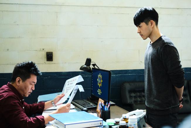 庹宗華(左)與吳岳擎有許多對手戲。(圖:拙八郎提供)