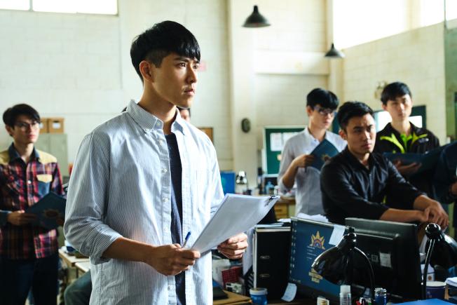 吳岳擎劇中飾演基層員警。(圖:拙八郎提供)