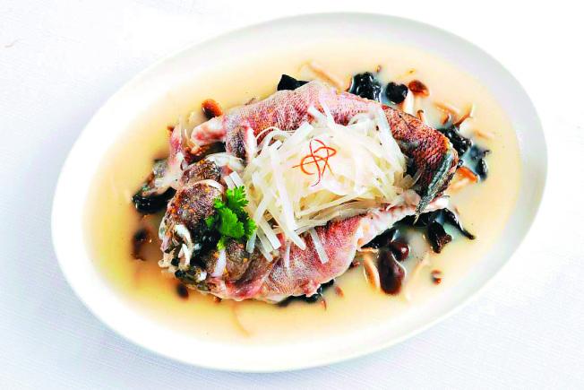 花雕酒燒筍殼魚。(圖:台北國賓飯店提供)