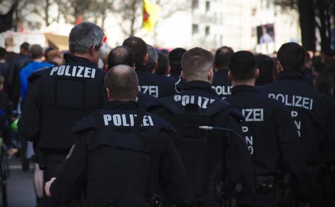 德國檢方今天表示,他們正對3名據報為中國從事間諜活動的人士進行調查。圖為示意圖。(Photo by Mike Powell on Unsplash)