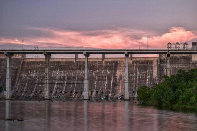 曼斯菲爾德水壩疑似有人擅闖,幸未遭到破壞。(科羅拉多河管理局推特)