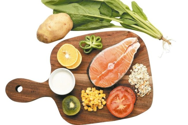 地中海飲食是很受現代營養學推薦的一種飲食模式,也有助避免聽力惡化。(本報資料照片)