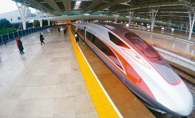 京滬高鐵16日在上海證交所掛牌上市,為亞洲年初迄今規模最大的IPO。新華社
