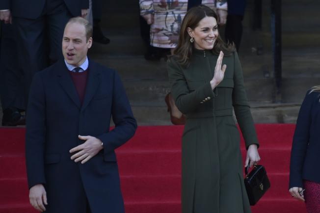 凱特與威廉15日出席活動。(美聯社)