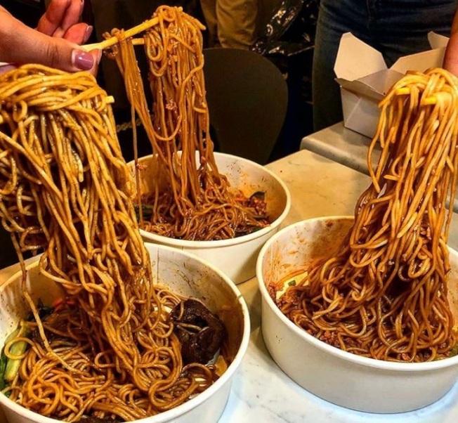 Yaso Noodle Bar。(取自「8SIA」的Instagram)