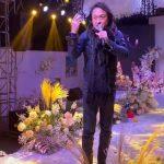 「咆哮帝」滄桑現身農村 當婚禮歌手「1首歌收30萬」
