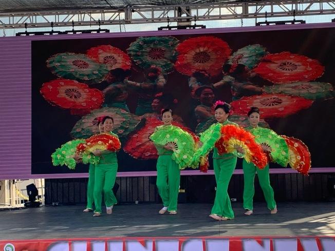 張肇壯華裔樂舞表演。(記者張宏╱攝影)