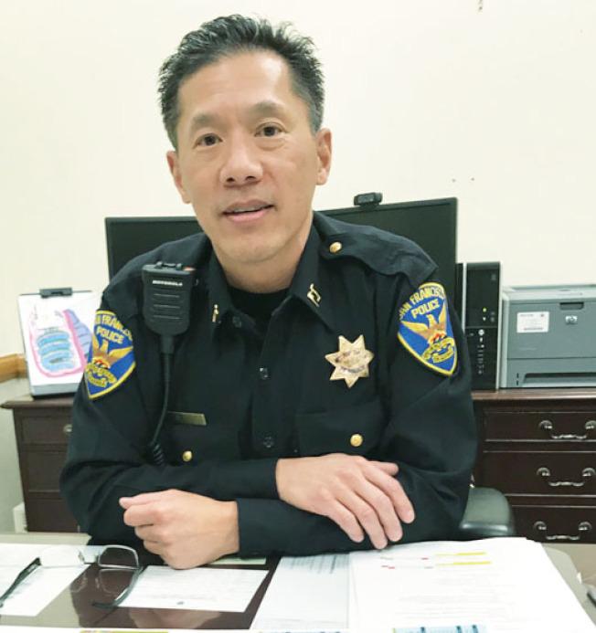 中央分局長易文耀稱,持續發生的咖啡店搶電腦案件,使警方也感到困擾。(記者李秀蘭/攝影)