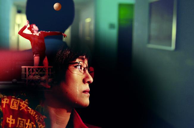 《中國女排》中,鞏俐飾演教練郎平。(取材自中新周刊)