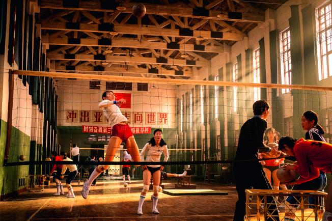 80年代老女排訓練「流血不流淚」,衝出亞洲走向世界個個是英雄。(取材自中新周刊)
