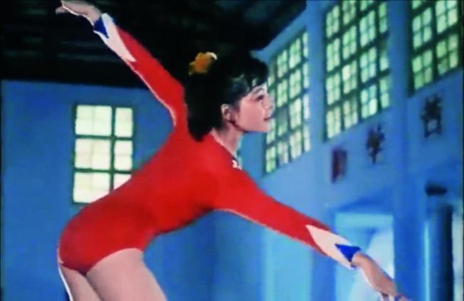 「文革」結束之後第一部體育電影《乳燕飛》劇照。(取材自中新周刊)