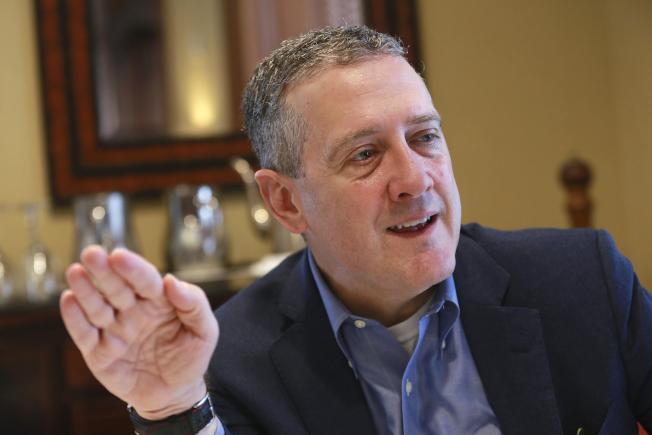 布拉德曾兩次投反對票,因為他希望Fed更積極地降息。(美聯社)