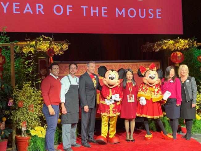 迪士尼米老鼠慶祝農曆鼠年。(記者張宏/攝影)
