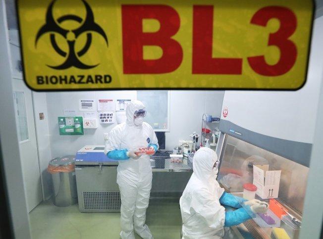 有專家表示,目前來看該病毒不會造成大規模傳染,民眾不必過於緊張。(歐新社)