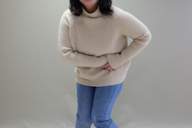 羅東博愛醫院指出,尿路結石疼痛部位可從後腰側、前腰側、下腹部,一路延伸至鼠蹊處與生殖器部位等處,處趕快處理。(圖為示意圖/羅東博愛醫院提供)