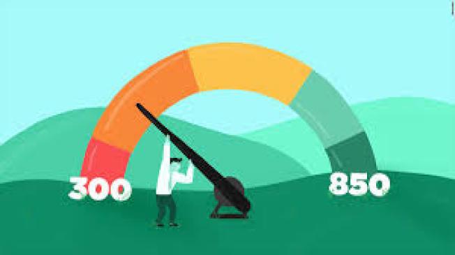 美國人2019年的FICO信用評分創新紀錄,達到703分。(取自推特)