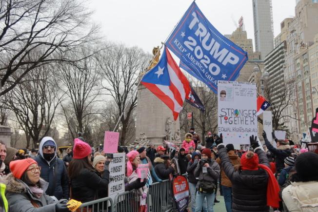 2020大選將至,遊行者分庭抗禮。(記者張晨/攝影)