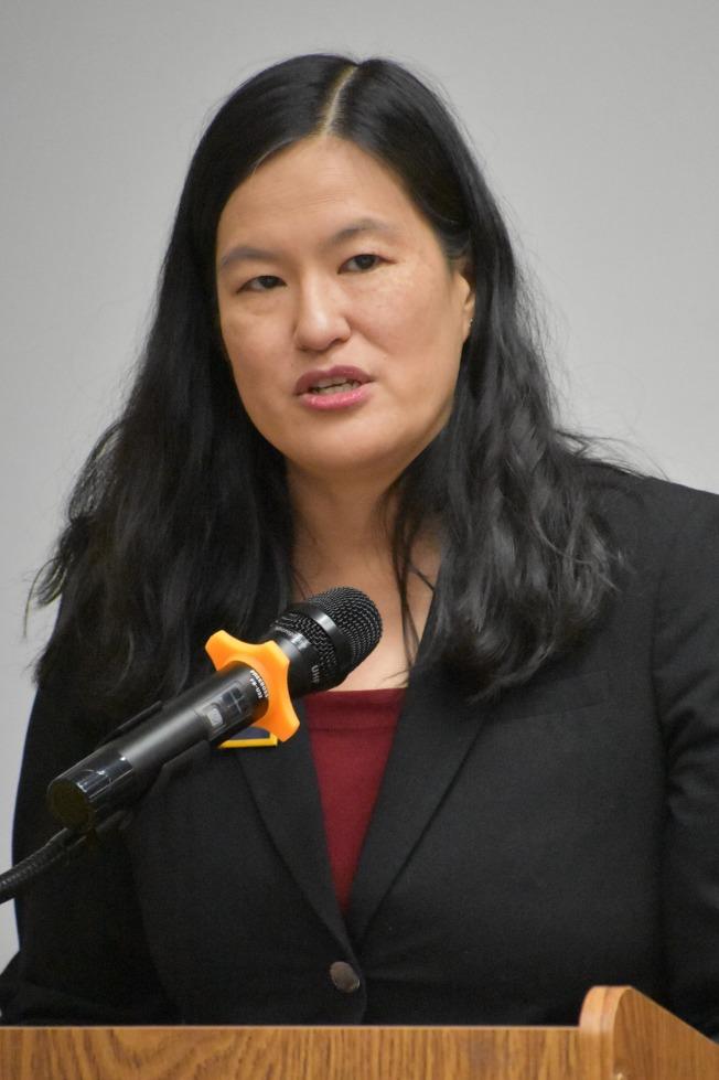 第18席法官候選人華裔周柔安。(記者李秀蘭/攝影)