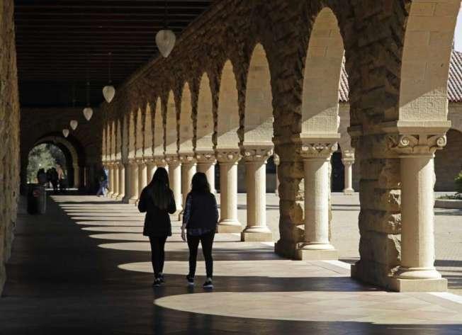 史丹福大學18日證實,一名男本科生17日在校園內死亡。(Getty Images)