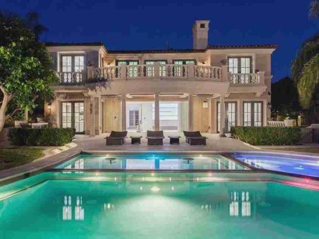 網傳涉事女在美的豪宅。(取材自微博)