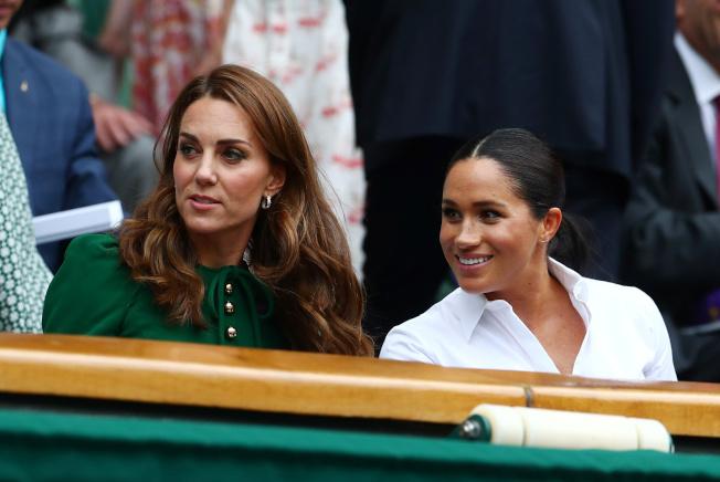 英國八卦媒體常拿凱特(左)和梅根的關係作文章。(路透)