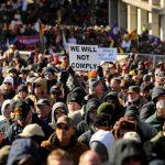 維州挺槍集會 數千人抗議控槍