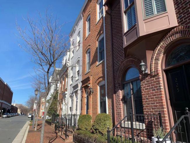 研究發現,Airbnb等形式的共享短租經濟導致華盛頓特區部分地區的房價上升。(記者張筠 / 攝影)