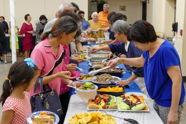 慈濟奧蘭多聯絡處歲末祝福感恩會,素齋豐盛。(Richard Wng提供)