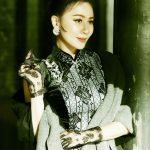 劉嘉玲穿黑色蕾絲旗袍 網讚傾國傾城