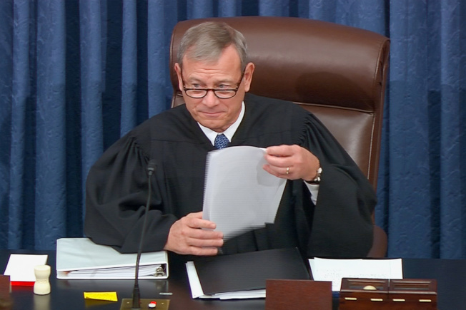 國會參院審理彈劾案,由最高法院首席大法官羅伯茲主持。(路透)