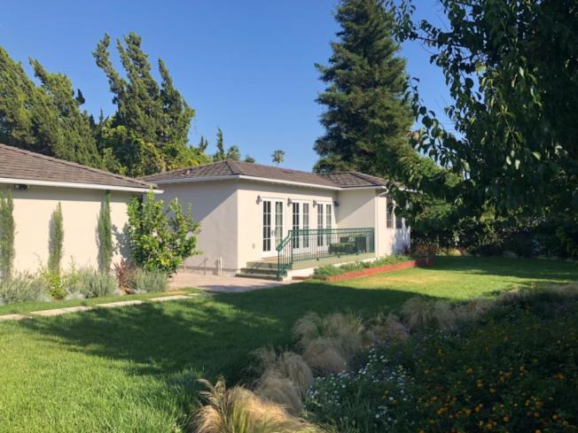 加州房屋合法加建ADU(Accessory Dwelling Units)風潮方興未艾,華人聚居的聖蓋博谷自不例外,天普市、艾爾蒙地、巴沙迪那都有不少建案,連對加建與改建申請案極為嚴格的聖瑪利諾市都出現ADU了。(建築師張守一提供)