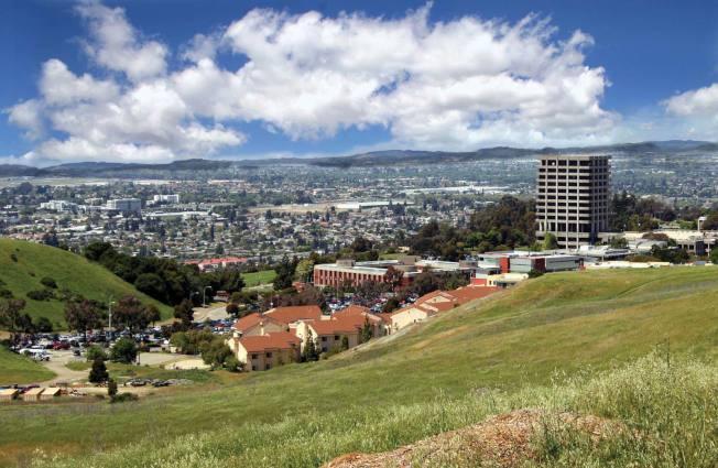 房地產網站「SmartAsset」做的「全美最多千禧世代買房城市排房」,高房價的灣區也有一個城市打進前10名,東灣的海沃市(見圖)排第10名。(Getty Images)