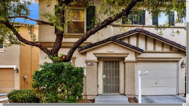 賭城房市銷售在往年12月淡季中,今年表現突出。這棟拉斯維加斯的三臥住宅開價22.9萬元。(Zillow網站)