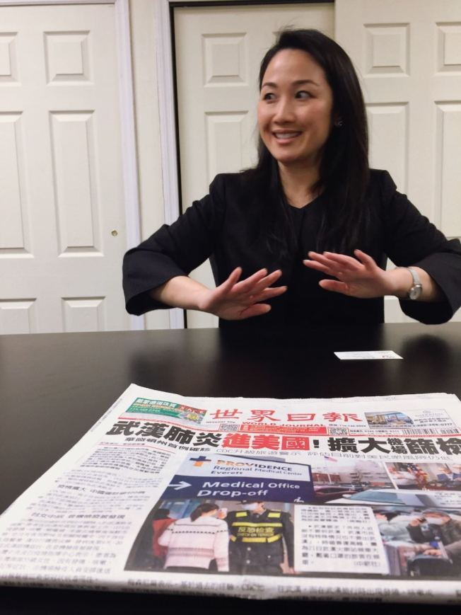 李珍宰22日拜訪世界日報,對已擴散至美國的武漢病毒表示,希望不要因為疾病來自某個國家,就對來自這個國家的人民或移民另眼相看。(記者張宗智/攝影)