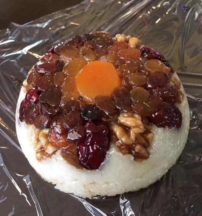 家庭自製八寶飯。(讀者提供)