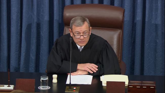 最高法院首席大法官羅伯茲提醒兩黨議員,國會殿堂上的發言要得體。(路透)