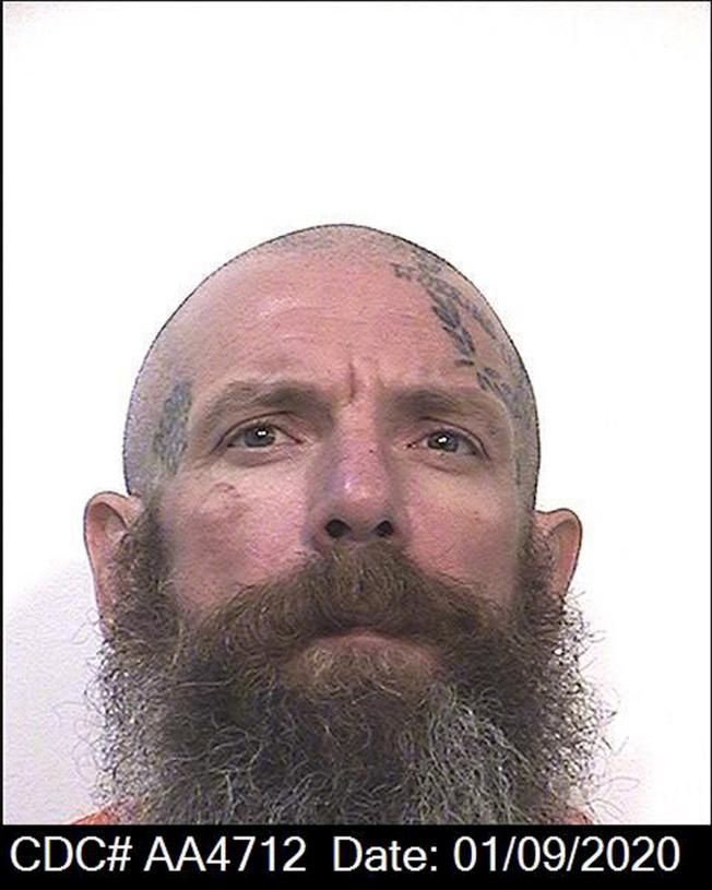 華森用拐杖連續打死兒童性侵犯。(美聯社/加州懲教局提供)