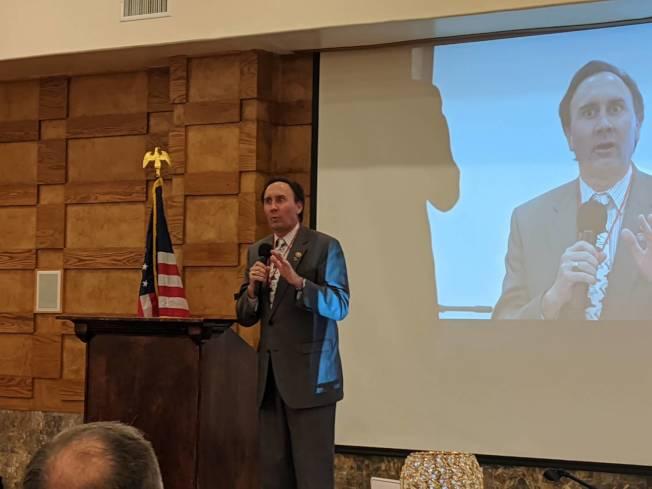 聯邦眾議員Pete Olson為張晶晶站台。(記者蕭永群/攝影)