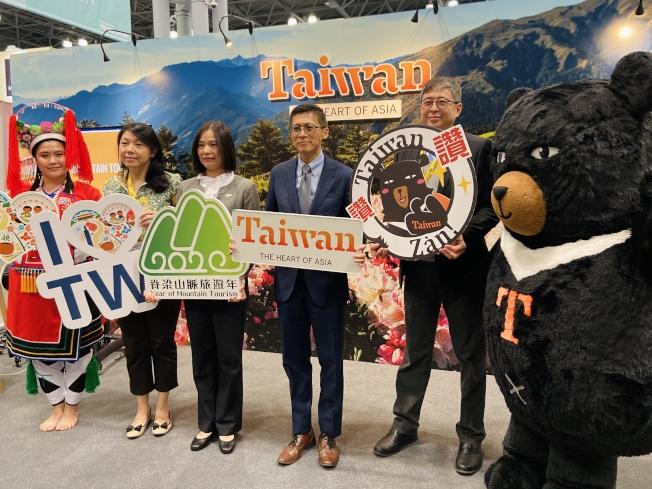 台灣觀光局在新的一年主打山脈旅遊。(記者鄭怡嫣/攝影)