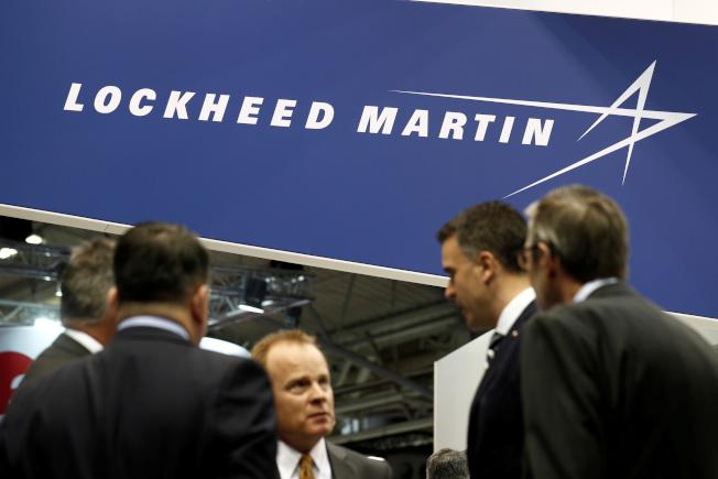 洛克希德馬丁在公司官網上特別凸顯提供搬遷福利的職缺。(路透資料照片)