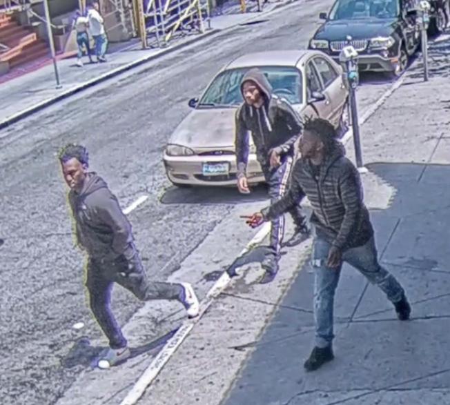 攻擊兩黃姓僑領共有三名嫌犯,已有兩人落網,仍有一人在逃。(舊金山警方提供)