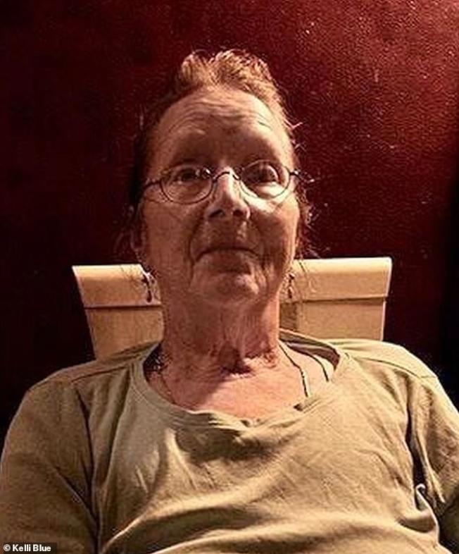 美國紐約一名76歲女子,意外從公寓7樓摔落,結果幸運摔在一堆裝了蔬果的箱子上面,命大逃過一劫。圖/《每日郵報》