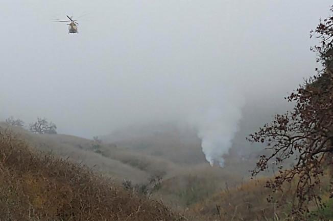 加州卡拉巴薩斯地區發生直升機墜機事件。(洛縣警局提供)