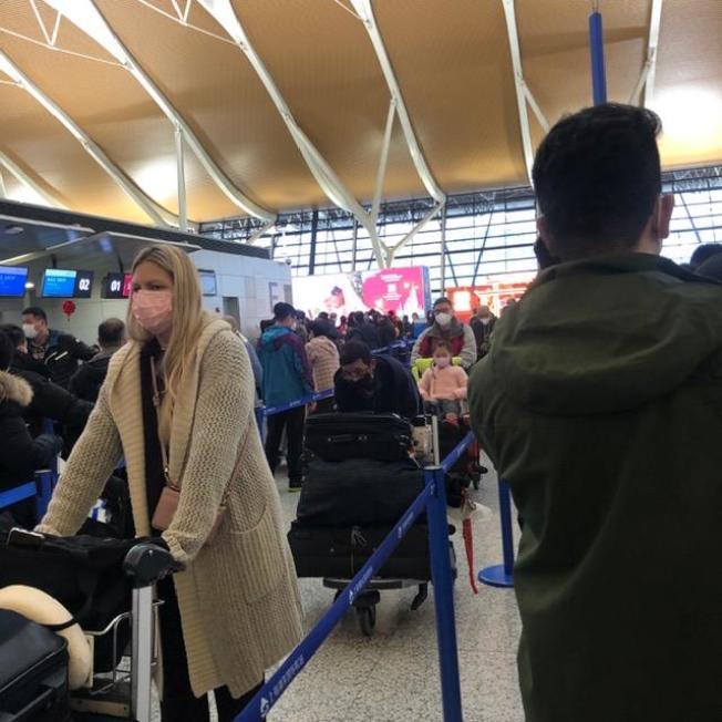 上海浦東機場27日的情形。(Linda李提供)