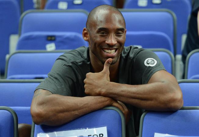 自從柯比(Kobe Bryant)26日墜機去世,全球各地球迷自發悼念他們的NBA傳奇偶像。